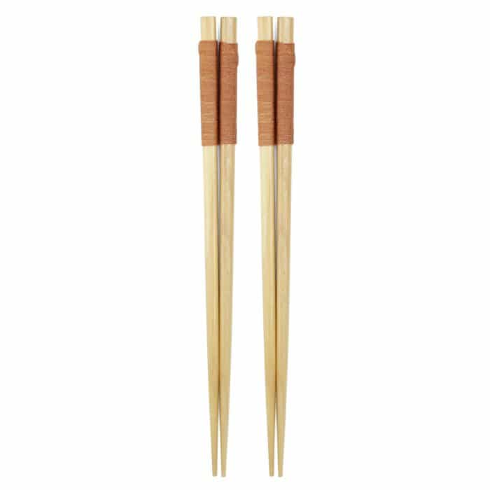 handmade-japanese-light-wood-chopsticks-w-natural-wrap-1