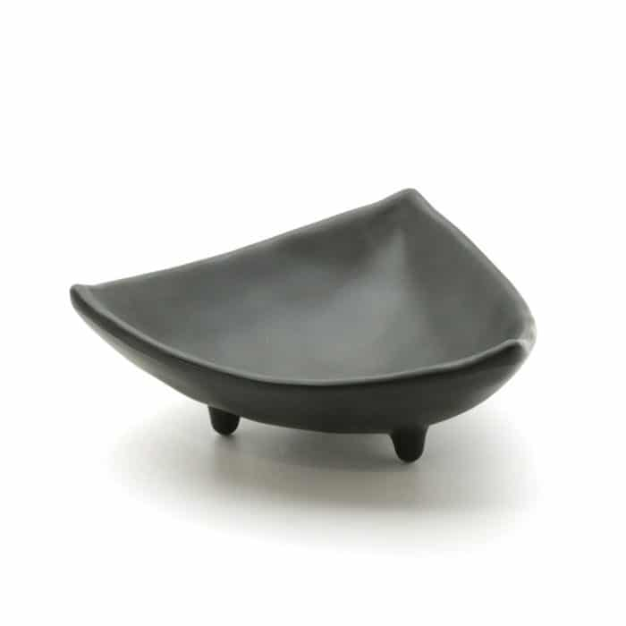 three-point-plastic-black-soy-dishes-2