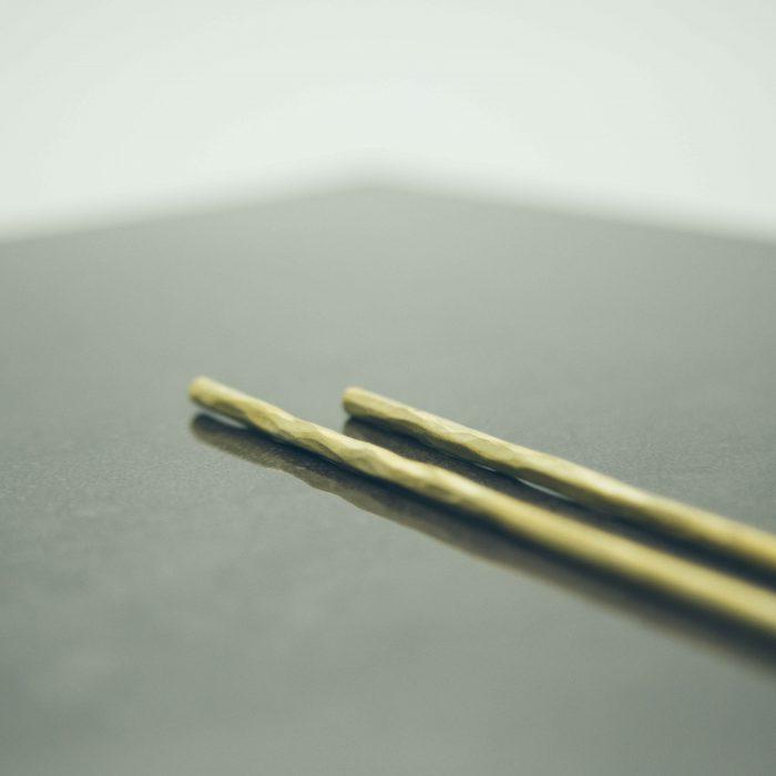 hand-forged-hammered-brass-chopsticks-3