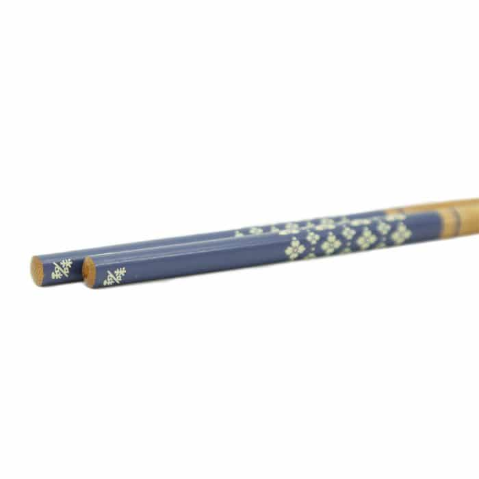 bamboo-blue-topped-flower-chopstick-set-4
