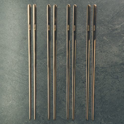 modern-gold-titanium-chopstick-set-1