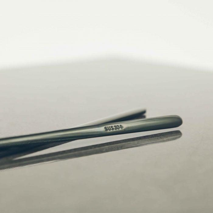 modern-black-titanium-chopstick-set-2