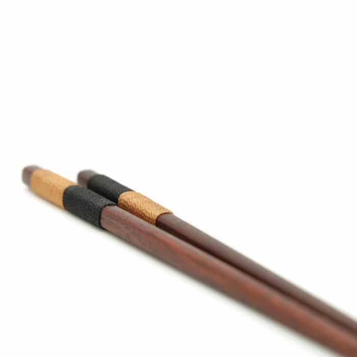 handmade-japanese-chestnut-chopsticks-w-split-rope-wrap-3