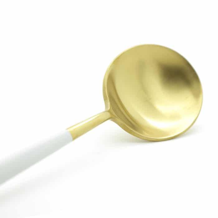 white-gold-korean-chopsticks-w-spoon-3