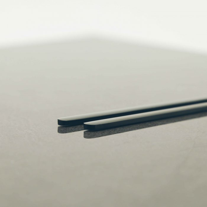 black-luxury-chopstick-spoon-set-3