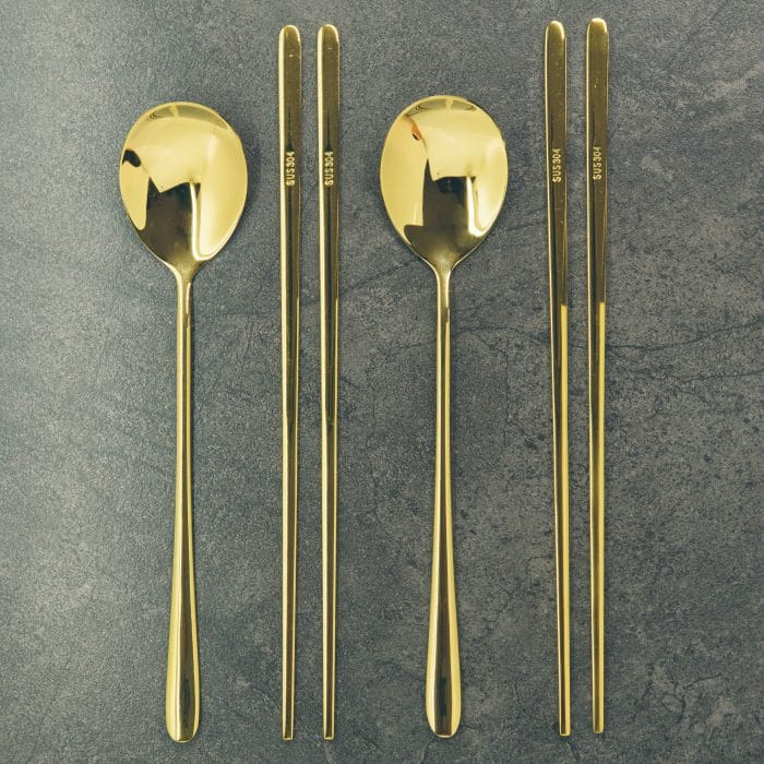 gold-luxury-chopstick-spoon-set-1