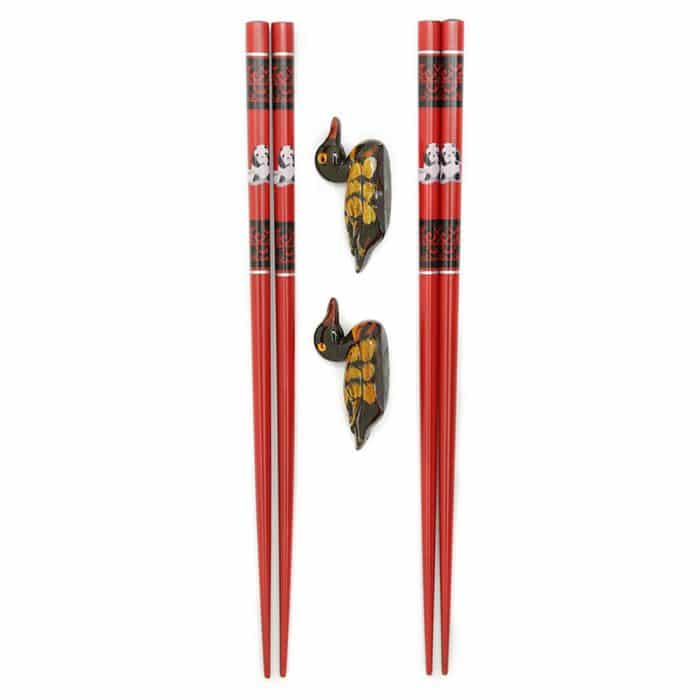 red-panda-chopstick-set-w-rests-1