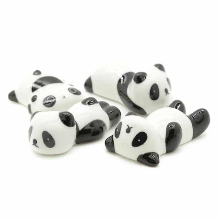 lazy-panda-chopstick-rest-1