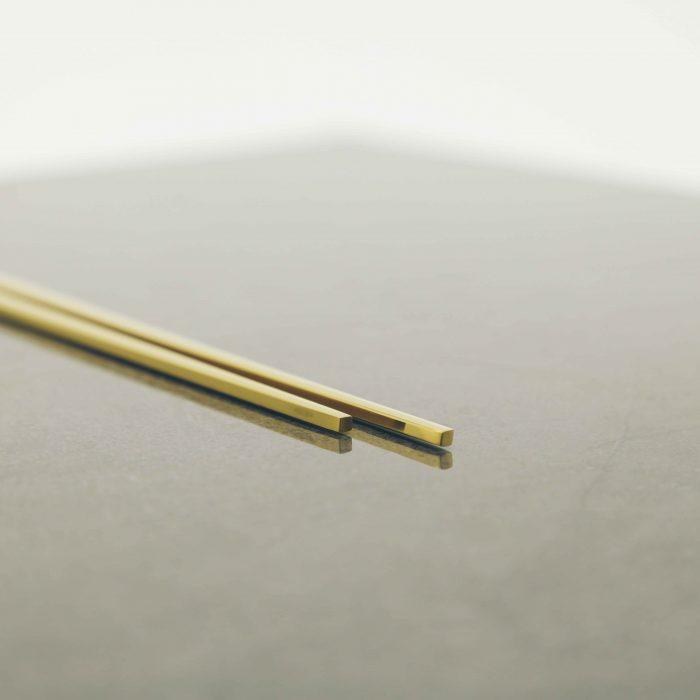 modern-gold-titanium-chopstick-set-4